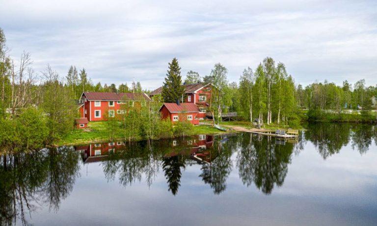 Majoitus Ranuanjärven rannalla - Gasthaus Ranua