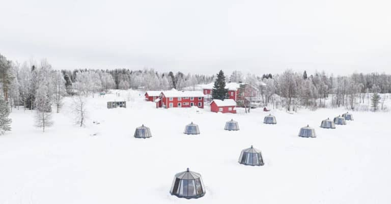Arctic Guesthouse & Igloos: 10 AuroraHut Glass Igloos, mobile sauna cart and Gasthaus Ranua in Finnish Lapland