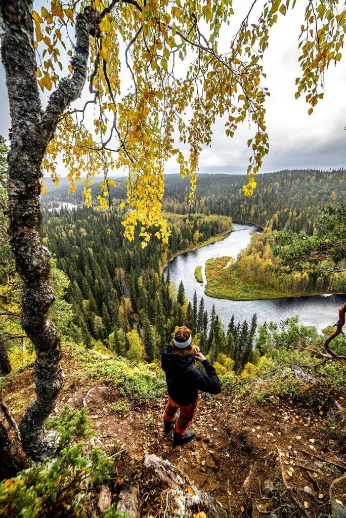 Ruska-ajan vaellusta Posion Riisitunturin maisemissa