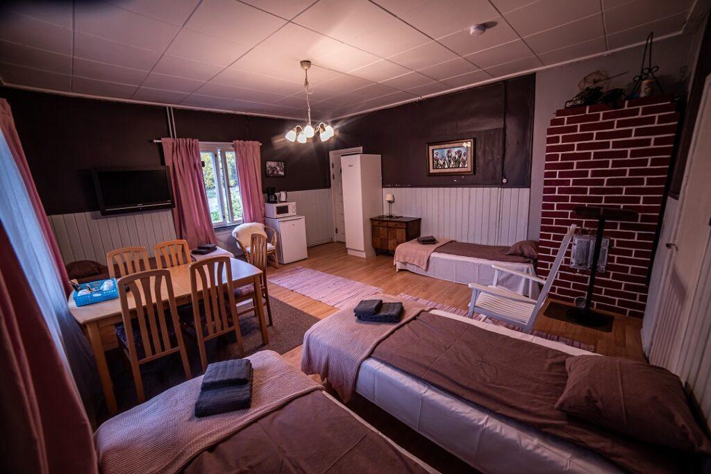 Gasthaus Ranua neljän hengen majatalohuone