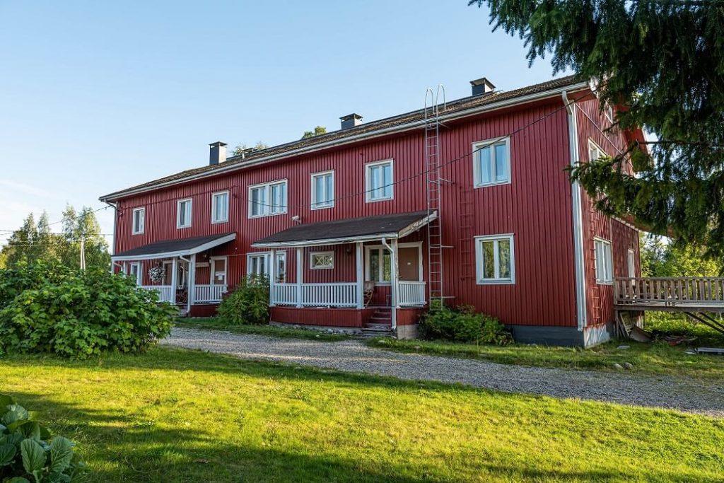 Gasthaus Ranua majatalo - aamiaismajoitus Ranuanjärven rannalla