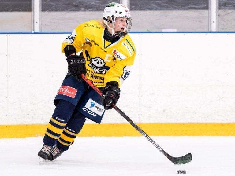Ranualainen jääkiekkoilija Jenna Pirttijärvi