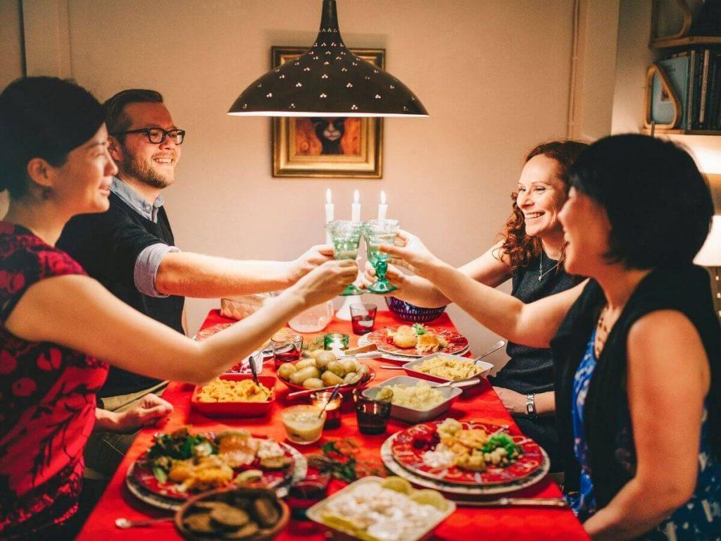 Joulupäivällinen